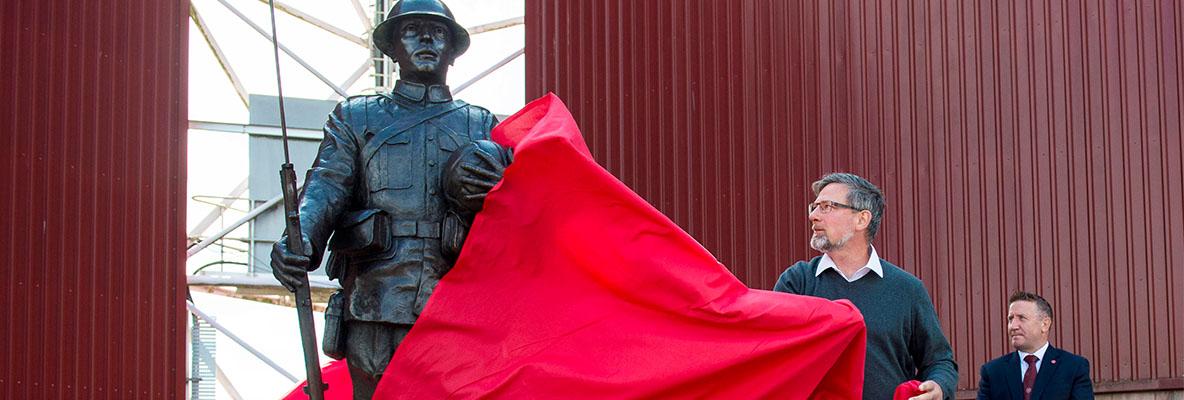 1914 Memorial Trust Statue Unveiled