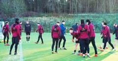 Hearts head to Spain for winter training camp